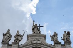 Façade de John Lateran Basilica de saint image stock