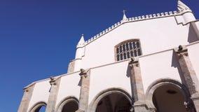 Façade de l'église du St Francis banque de vidéos