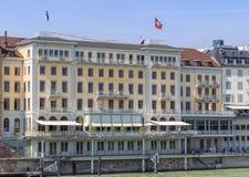 Façade de l'hôtel grand Les Trois Rois à Bâle Photo stock