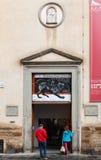 Façade de musée archéologique national, Florence Photos stock