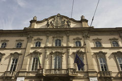 Façade de Palazzo Arese Litta au centre de Milan photo stock
