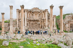 Façade de temple d'Artemis dans la ville antique Jerash Photos stock