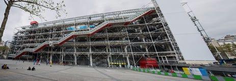 Façade du centre de Georges Pompidou à Paris, France Le centre de Georges Pompidou est l'un des musées les plus célèbres du image stock
