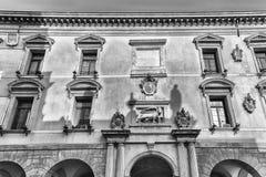 Façade du palais de la BO, siège d'université de Padoue, Italie image libre de droits
