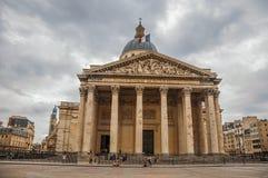 Façade du Panthéon dans le style néoclassique, avec le dôme et les colonnes à l'entrée à Paris images libres de droits