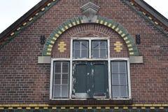 Façade du vieux bâtiment néerlandais photographie stock