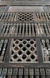 Façade en bois intercalée de décorations (Arabisk), mosquée d'Amir Image libre de droits