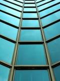 Façade en verre moderne de construction Photographie stock libre de droits