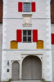 Façade historique de tour de porte photo stock