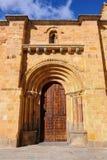 Façade latérale de l'église de St Peter à Avila, Espagne image libre de droits