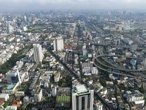 Façade moderne des gratte-ciel au centre de Bangkok Horizontal de ville Photo libre de droits