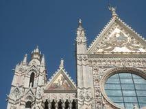 Façade occidentale de Siena Cathedral Photos stock