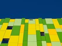 Façade verte et jaune. images stock