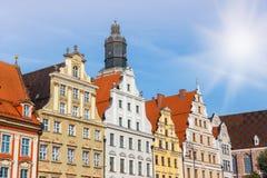 Façades des bâtiments historiques sur la place principale à Wroclaw photos libres de droits