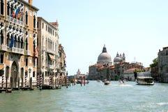 Façades gothiques le long du canal grand à Venise photo libre de droits