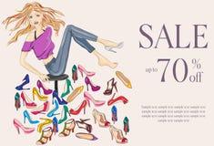 Façonnez la fille essayant sur plusieurs paires de nouvelles chaussures Photos stock