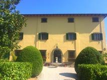 FaÑ  ade最旧的意大利国家别墅 库存图片