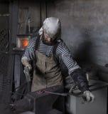 Fałszuje, blacksmith ` s praca, gorący metal obraz royalty free