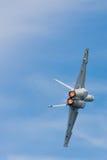 FA-18 Hornet, οπισθοσκόπο κατά την πτήση στοκ φωτογραφία