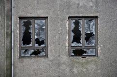 Façade d'un bâtiment abandonné Images libres de droits