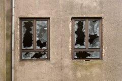 Façade d'un bâtiment abandonné Photo stock