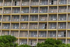 Façade d'un nouvel hôtel de résidence Photographie stock