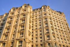 Façade et toit d'hôtel Image stock
