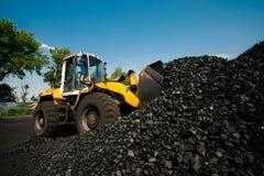 Fabbrica del carbone nel giorno molto caldo fotografia stock libera da diritti