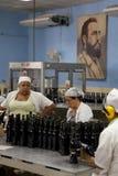 Fabbrica del rum a Avana, Cuba Immagini Stock