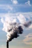 Fabbrica del tubo dell'atmosfera del fumo Fotografie Stock