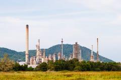 Fabbrica dell'olio e del prodotto chimico Fotografie Stock Libere da Diritti