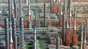Fabbrica della pianta di raffineria del gas e del petrolio, vista di orbita, piano arancio rosso di defocus, zona del petrolio di stock footage