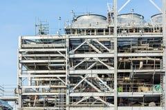 Fabbrica della raffineria con il LNG - immagine di riserva Immagine Stock Libera da Diritti