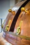 Fabbrica di birra dei carri armati della distilleria fotografia stock