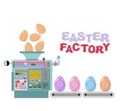 Fabbrica di Pasqua Produzione di belle uova Technol di produzione Immagine Stock Libera da Diritti