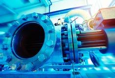 Fabbrica industriale Vari meccanismi e tubi del metallo Im tonificato Fotografie Stock Libere da Diritti