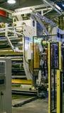 Fabbrica l'interno Interno del fabbricato industriale Pianta per la produzione del film plastico Immagini Stock Libere da Diritti
