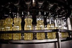 Fabbrica per la produzione degli oli da tavola shallow immagine stock