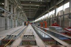 Fabbrica per le lastre di cemento armato Immagine Stock