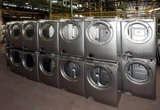 Fabbrica: produzione della lavatrice fotografia stock libera da diritti