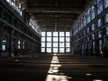 Fabbricato industriale abbandonato Immagini Stock Libere da Diritti