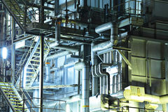 Fabbricato industriale alla notte Fotografia Stock