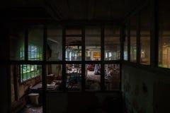 Fabbricato industriale di decomposizione fotografie stock libere da diritti
