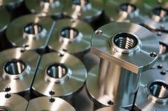 Fabbricazione automobilistica della parte di acciaio inossidabile di alta precisione con la macchina di CNC fotografia stock libera da diritti