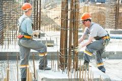 Fabbricazione degli operai di costruzione Fotografie Stock
