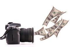 Fabbricazione dei soldi con fotographia fotografia stock libera da diritti