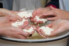 Fabbricazione del formaggio, cagliata Fotografia Stock Libera da Diritti