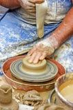 Fabbricazione del vaso di argilla Immagini Stock Libere da Diritti