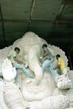 Fabbricazione dell'idolo di Ganeshas Fotografia Stock