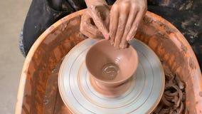 Fabbricazione della ceramica stock footage